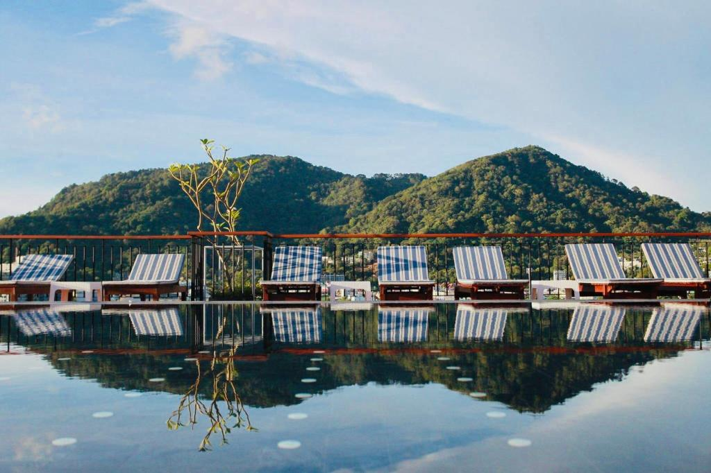 โรงแรม Rak Elegant Hotel Patong
