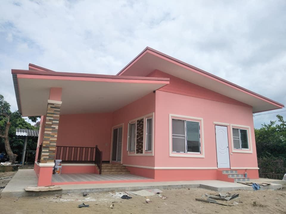 บ้านสีชมพูไล่เฉด